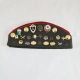 Головной убор Пилотка армейская старого образца со значками