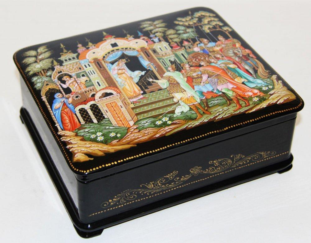 Шкатулка лаковая Палех Cказки Пушкина, размер 15 на 20 см.