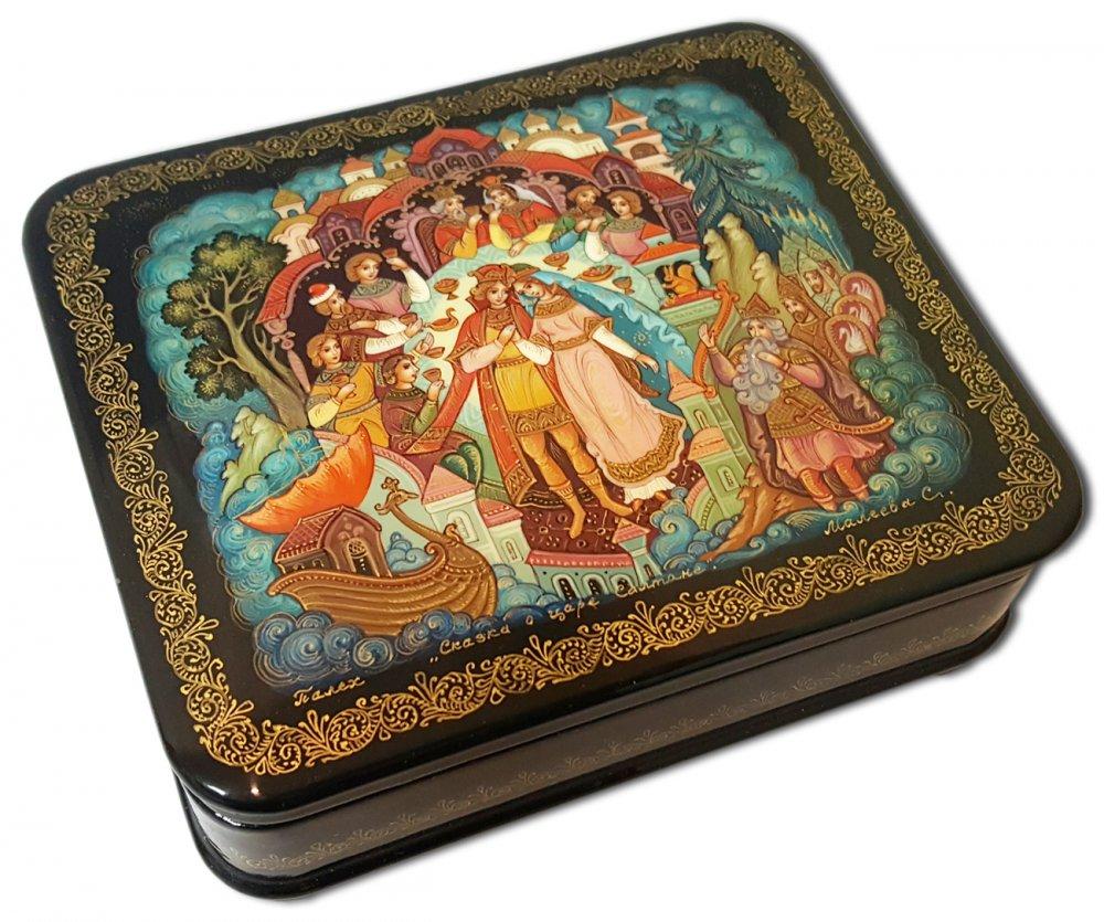 Шкатулка лаковая Палех Сказка о царе Салтане, автор Малеева С.