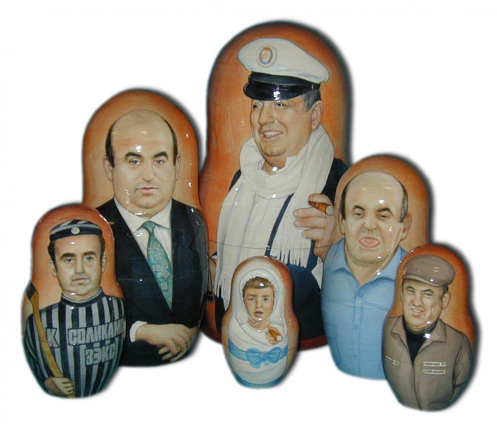 Матрешка по заказу клиента портретная 6 мест, (6 портретов  по фотографиям)