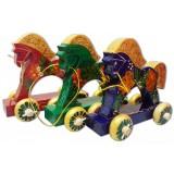 Игрушка деревянная лошадка на колесиках