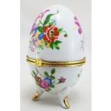 Яйцо пасхальное фарфоровое Цветы на белом фоне