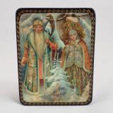 Шкатулка лаковая с элементами ручной росписи Дед Мороз и Снегурочка