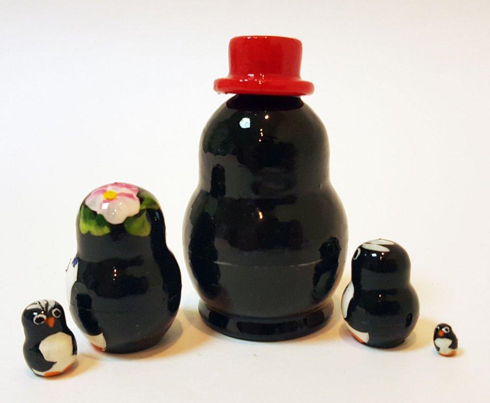 Матрешка 5 мест Пингвины мини