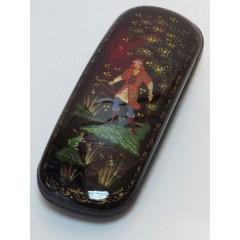 Шкатулка лаковая Царевна лягушка, ручная роспись (металл, пластик), 16x6x3.5 см.