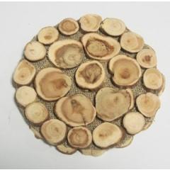 Деревянное изделие подставка под горячее на мешковине можевельник