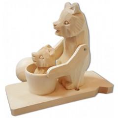 Богородская игрушка Мишка-мама купает сына