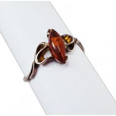 Янтарь кольцо Искра